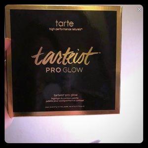 Tarte Pro Glow Highlight & Contour Palette